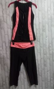 Work out 2pc black and salmon colored outfi
